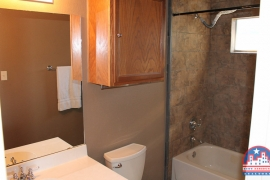 home-for-sale-round-rock-bathroom