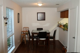 duplex-for-sale-king-albert-10